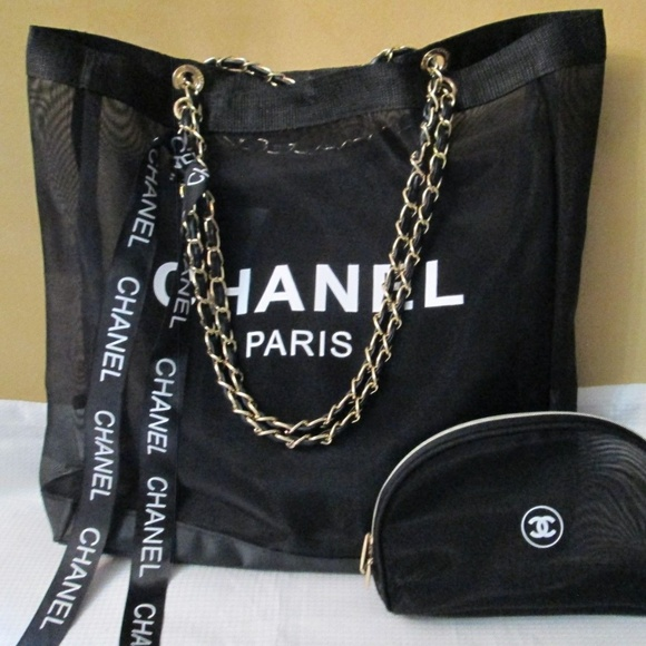 Bags   Chanel Vip Mesh Tote And Makeup Bag Gift Set   Poshmark fe307b1868
